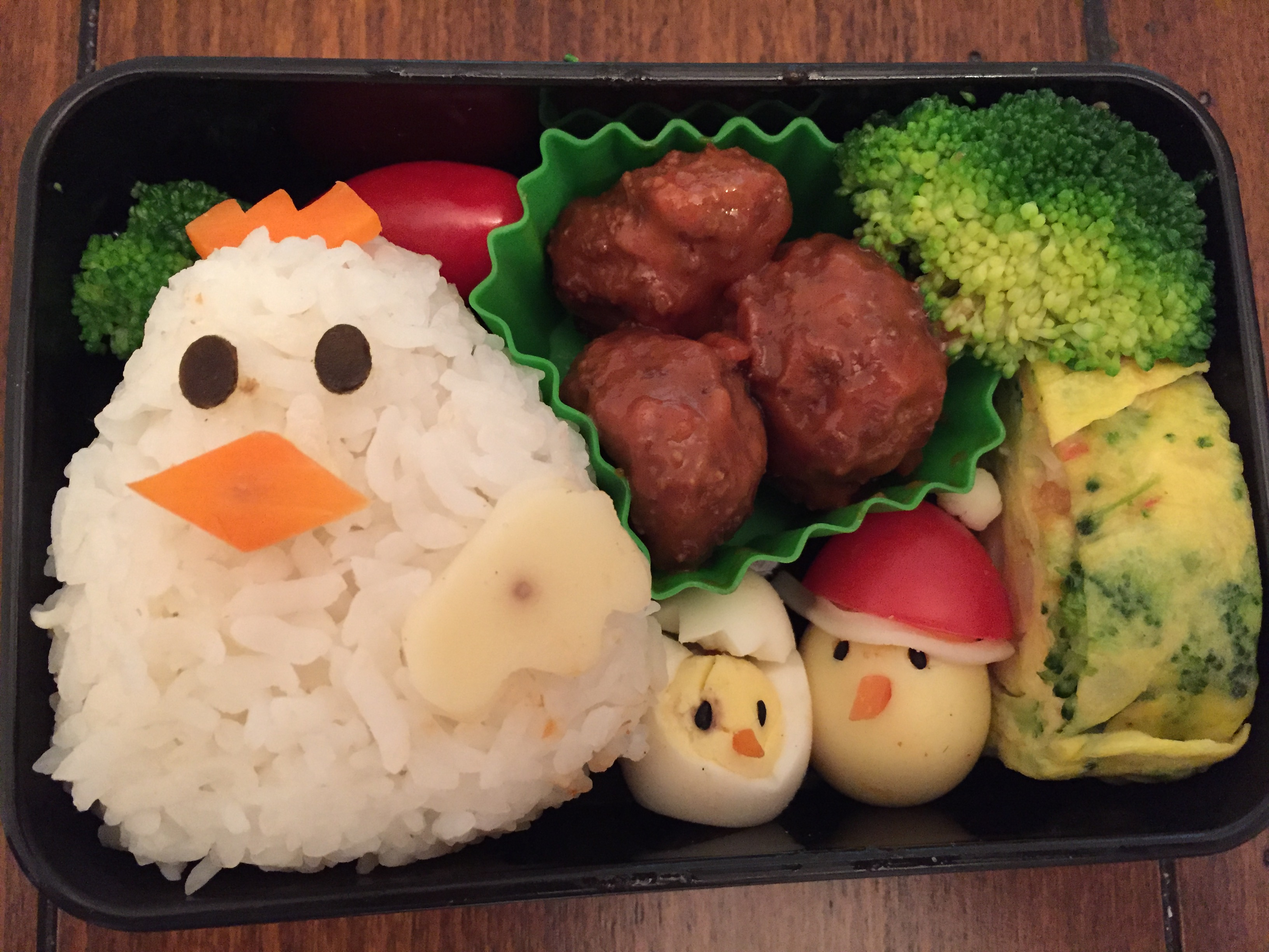 Kozue Morii's Artful Bento Box Cures Separation Anxiety